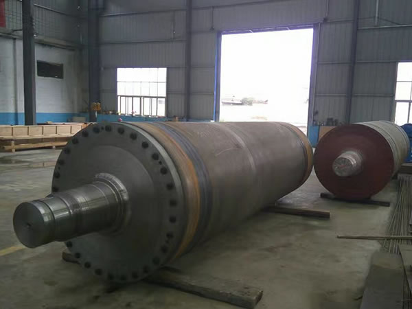 Press Roll with Cast Iron Roll Body
